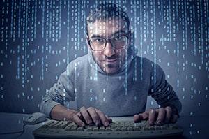 Le rédacteur web et le développeur travaillent de concert pour optimiser le référencement naturel